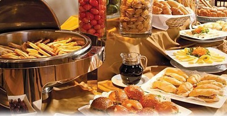 Buffet Breakfast Regency Golf Urban Hotel - Montevideo
